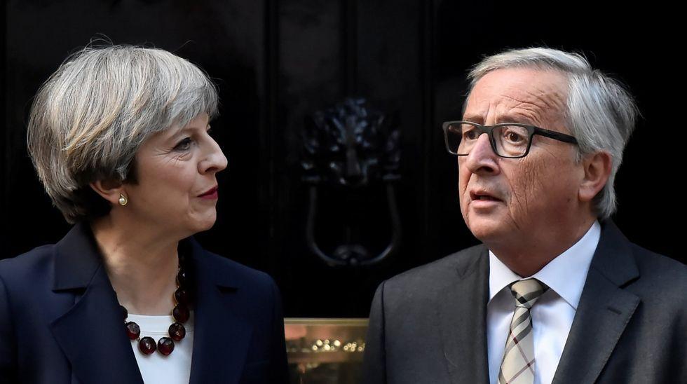 Theresa May anuncia su dimisión.Barnier recibió a Nicola Sturgeon en el cuartel general de la Comisión Europea