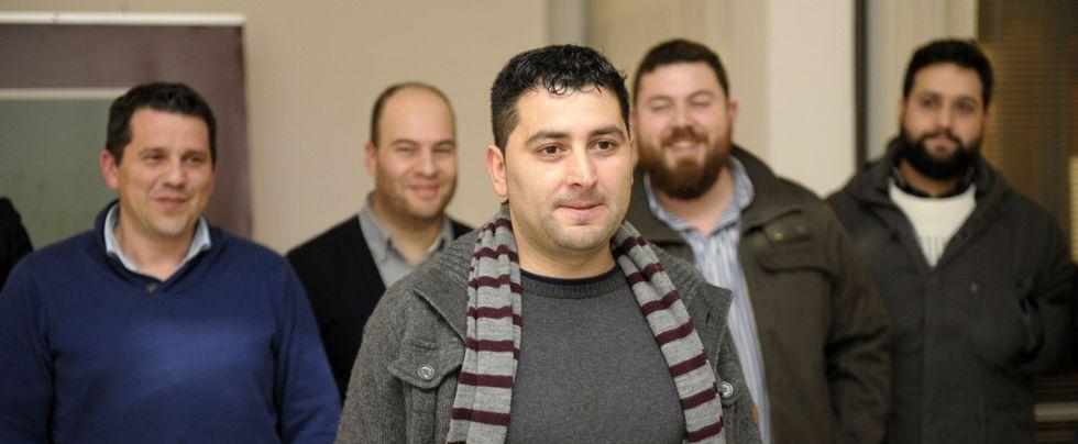 Antonino Nieto, en el centro, coordina a los autores que han participado en el libro.