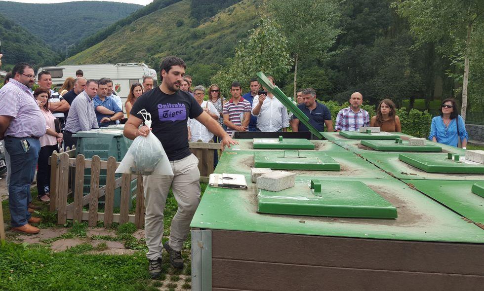 Los «mestres composteiros» asesorarán y dirigirán la instalación de miniplantas de compost.