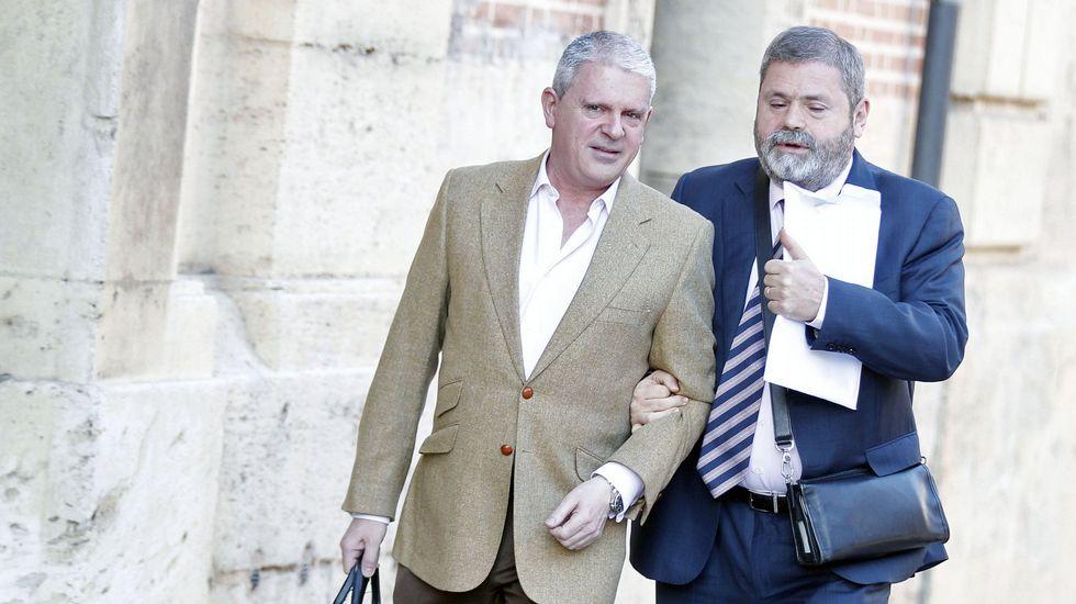 Correa, Crespo y «el Bigotes», esposados en la reanudación del juicio por el caso Gürtel.Afición Sporting