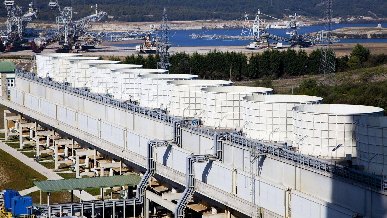 La central térmica de Endesa en As Pontes tiene 1.400 megavatios de potencia