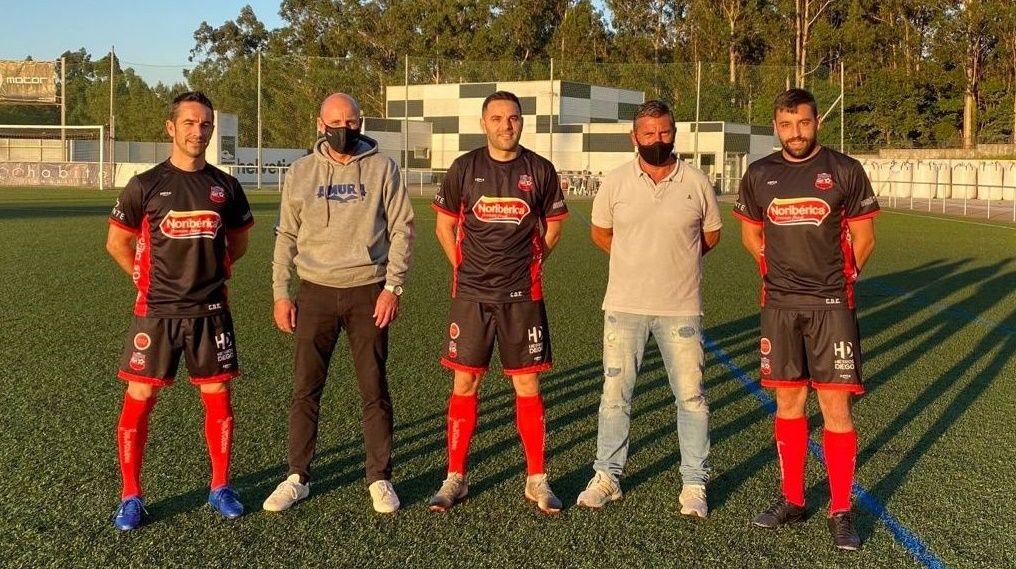 Vilagarcía es arlequinada.El lateral derecho vigués ha sido uno de los hombres clave en la temporada del club rojillo