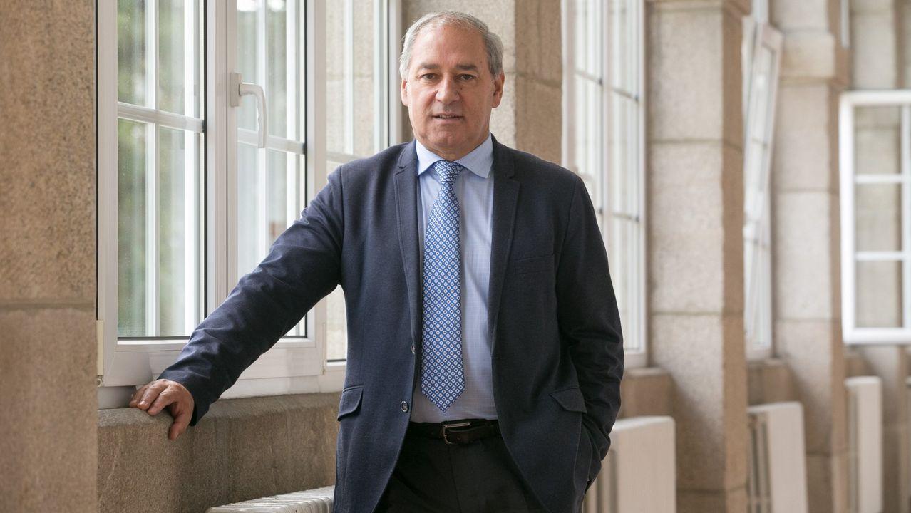 Segunda sesión constitutiva de la comisión de investigación sobre las cajas, en enero del 2017 .José Tomé, presidente de la Diputación de Lugo