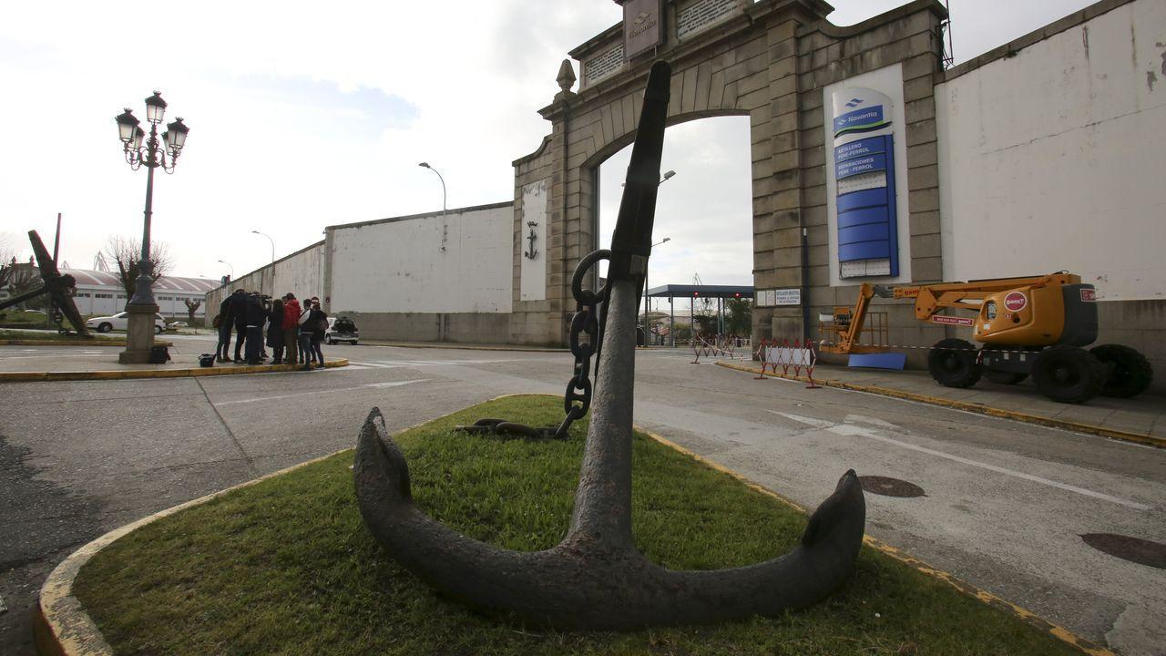 La actividad empresarial, bajo mínimos en Ferrolterra.Ángela del Río, copropietaria de Covas Vegetal, con su marido, Manuel Cereijo