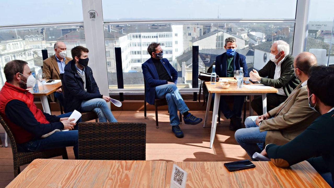 Reunión de los diputados del PP con las asociaciones de hostelería de Lugo