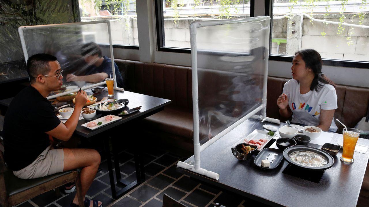 Las mamparas se han convertido en indispensables en los restaurantes de Tailandia