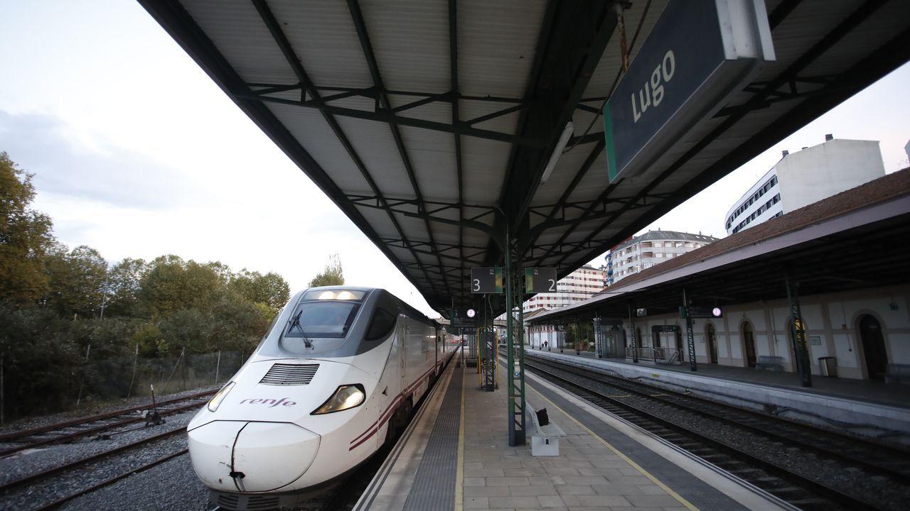 Descarrila un tren de mercancías en Taboadela.Alvia que llegó esta tarde a Lugo procedente de Ourense