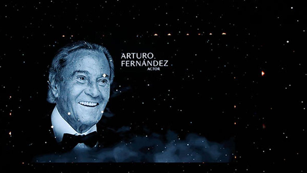 Los carteles del cine de Arturo Fernández.La imagen de Arturo Fernández, en el recuerdo a los fallecidos en 2019 en la gala de los Goya