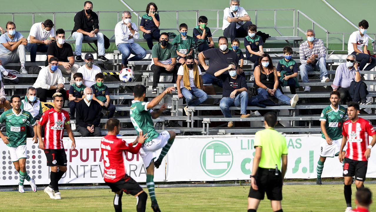 Imagen del Compostela-Deportivo correspondiente a la segunda jornada