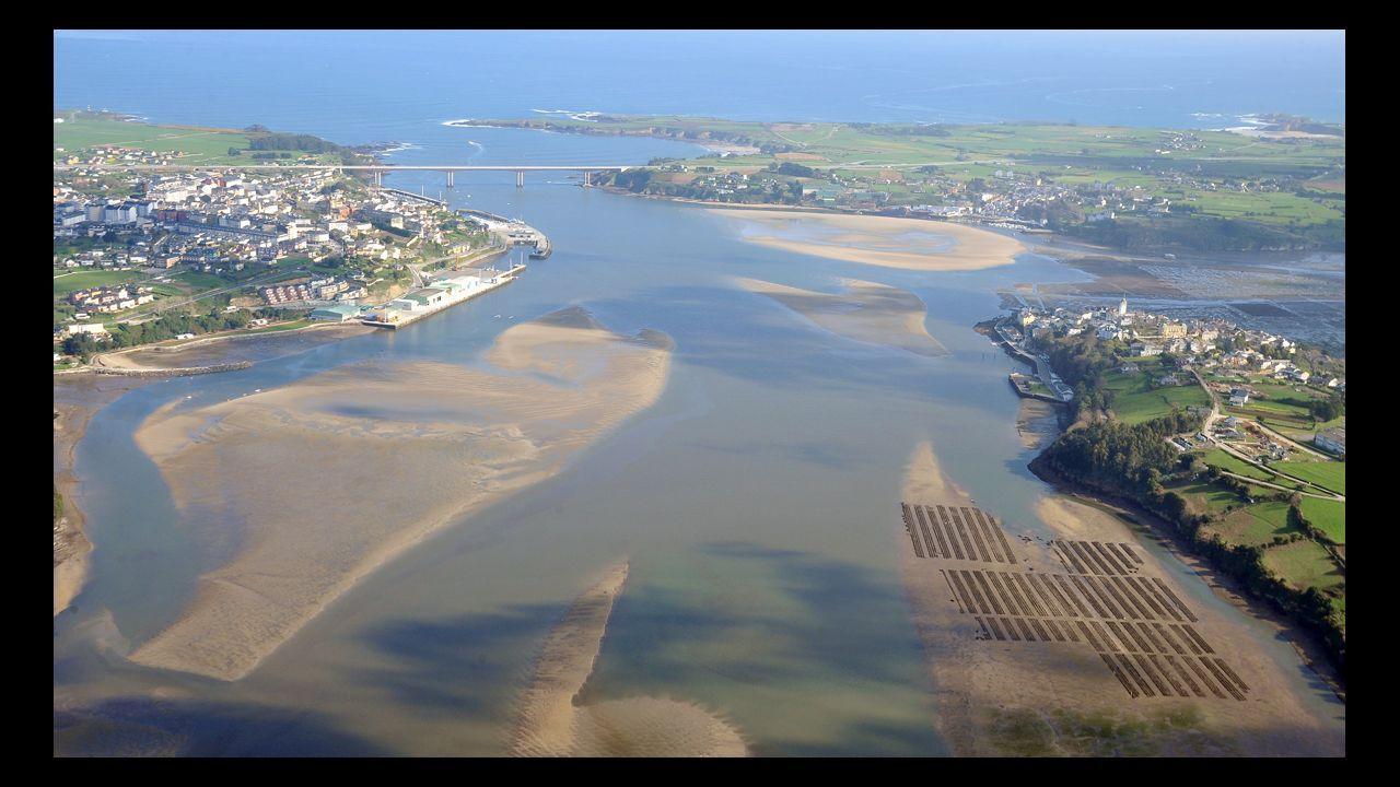 Vista aérea de la Ría de Ribadeo, el topónimo oficial que Asturias quiere cambiar por Ría del Eo