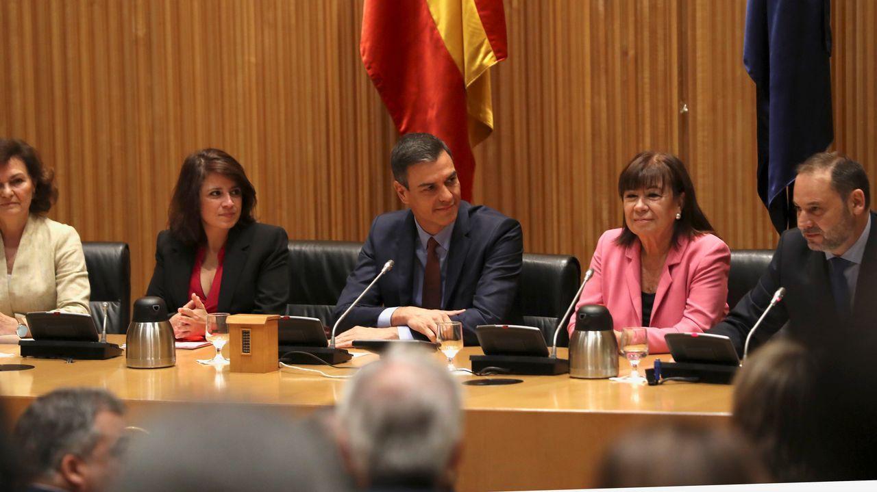 Pedro Sánchez, Adriana Lastra, Cristina Narbona y José Luis Ábalos, antes de la sesión constitutiva.