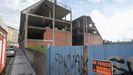 El gran edificio que que se subasta en Vilalba debido a la quiebra de la promotora.