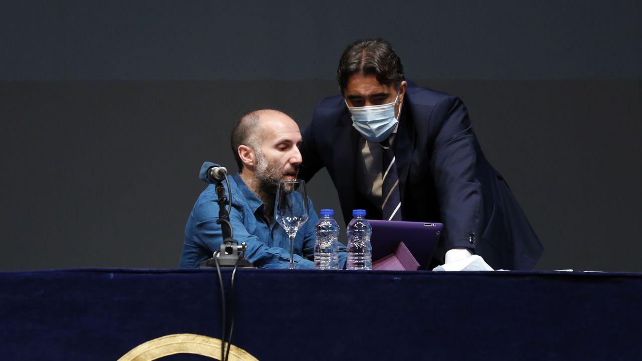 Mitin de Pedro Sánchez en Ourense.Gonzalo Pérez Jácome junto a Jorge Pumar