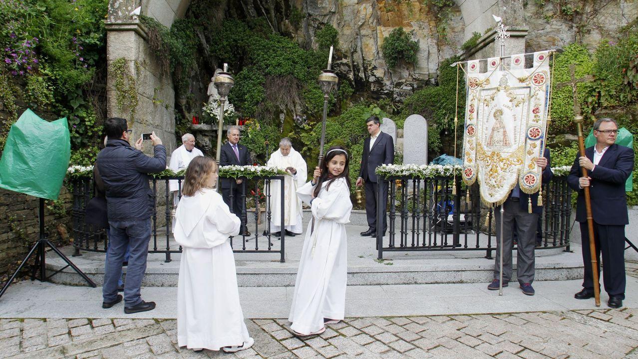 La renovación del voto de Monforte con su patrona será esta vez en la iglesia de A Régoa, en vez de en el Campo da Virxe. En la foto, la ceremonia del año pasado