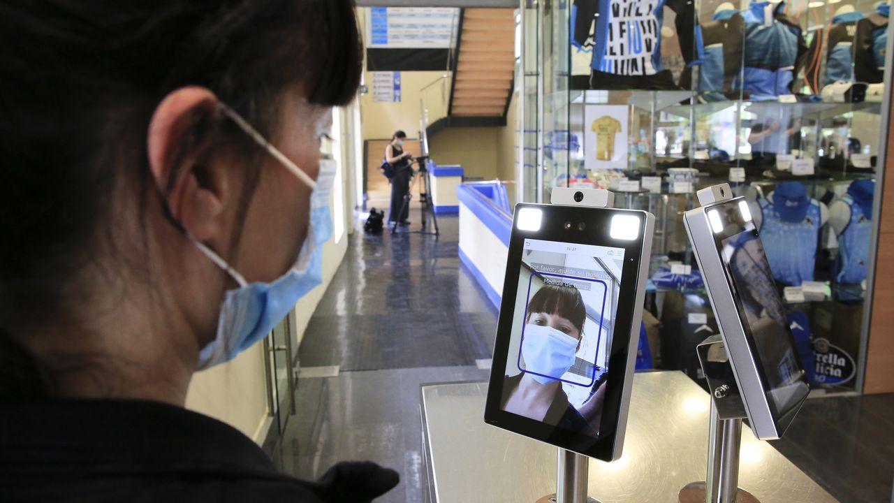 Una máquina de reconocimiento facial permite el acceso al Club Fluvial de Lugo