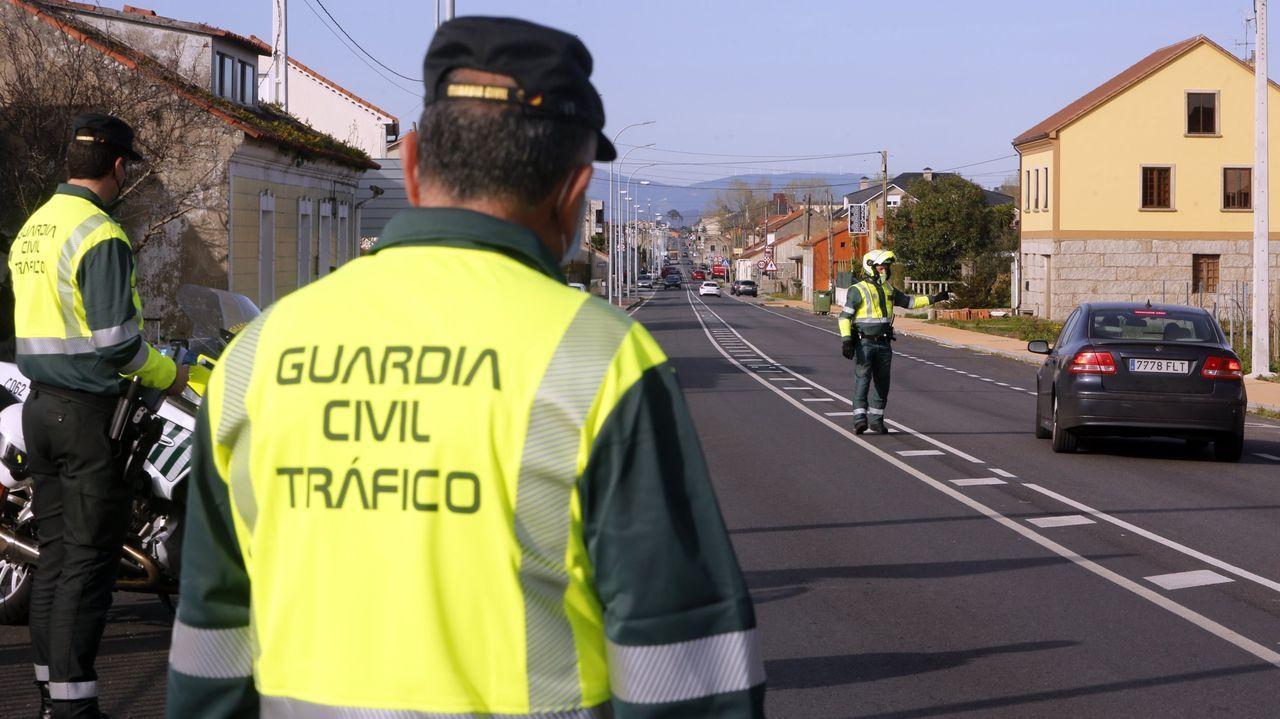Control de la Guardia Civil de Tráfico en Vilanova