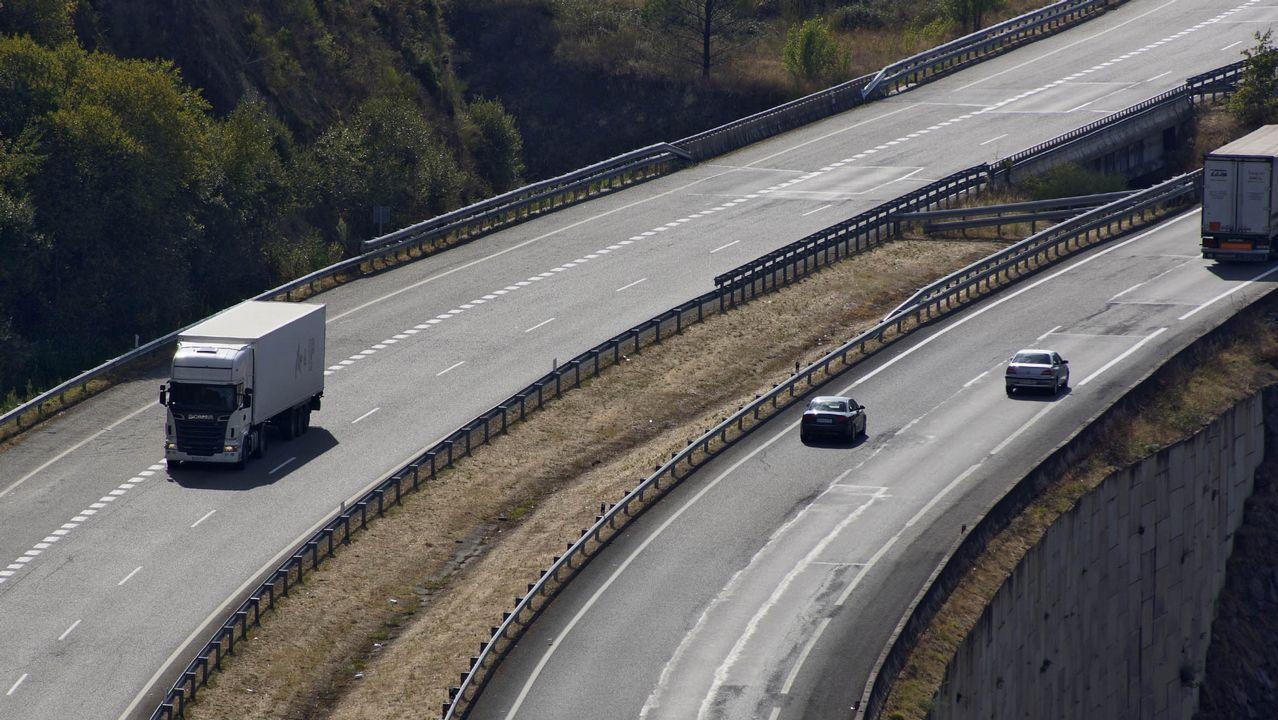 Fomento revisará la red viaria para comprobar el efecto de la crisis en la conservación del firme