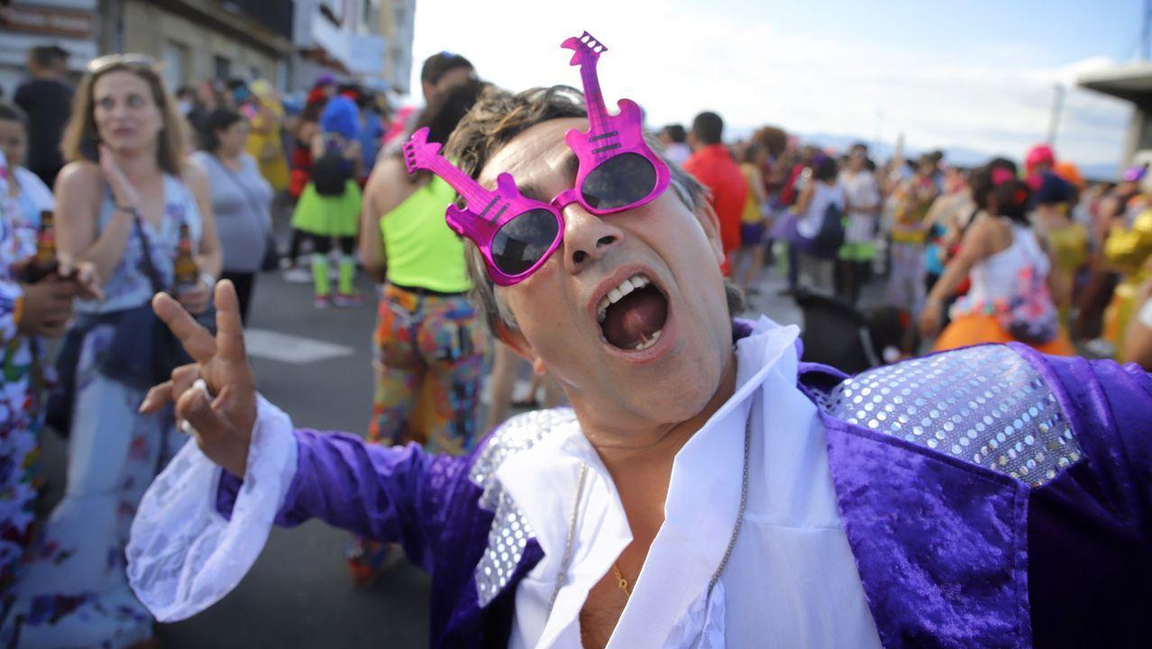 ¡Búscate en la Festa Hortera de Porto do Son!.Estado en el que quedó el Ford Focus en el que viajaban las dos personas fallecidas. Era un matrimonio de alrededor de 60 años