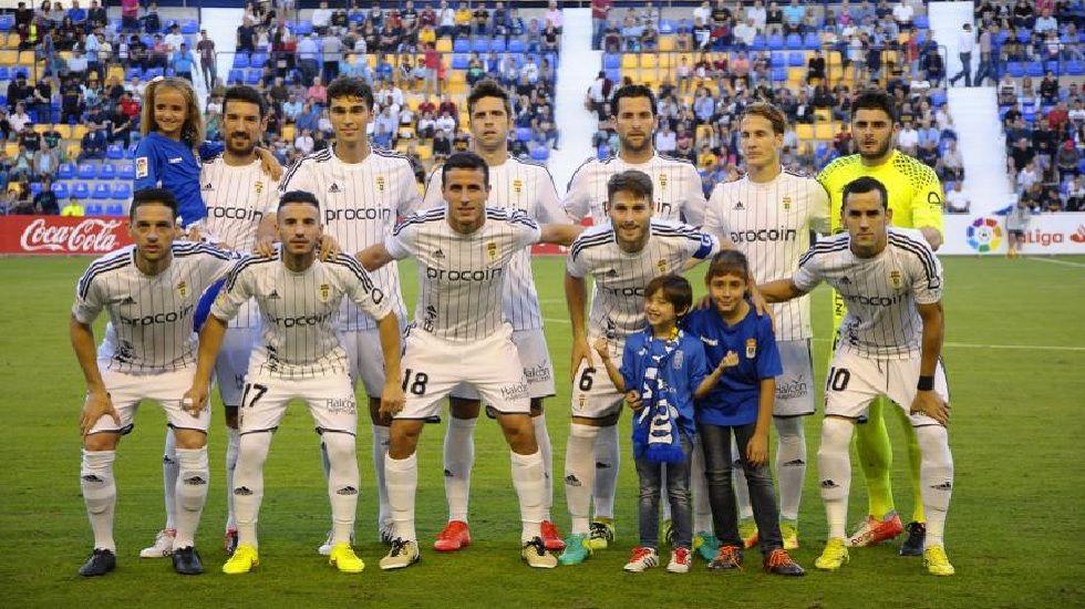 Once del Real Oviedo ante el UCAM Murcia