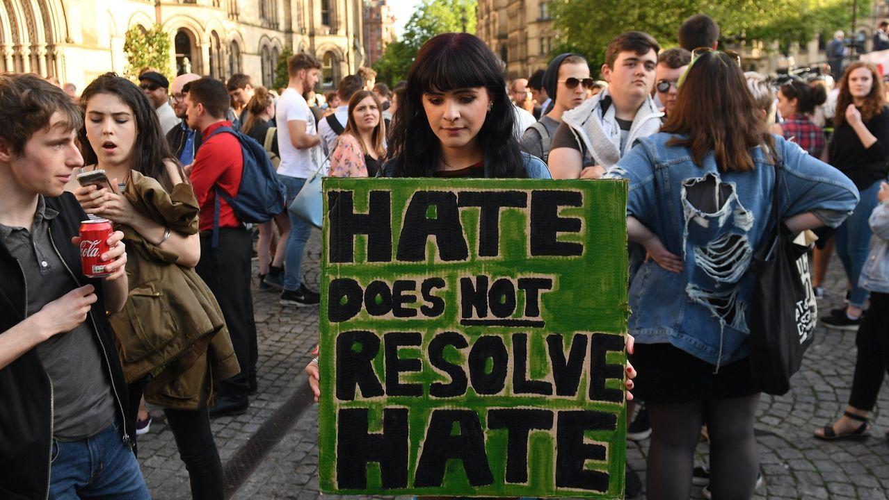 Manifestación en repulsa del atentado en Manchester