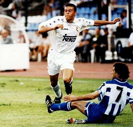 25 años de Lendoiro en el Deportivo.Luis Enrique, durante un partido disputado en Riazor con la camiseta del Real Madrid.
