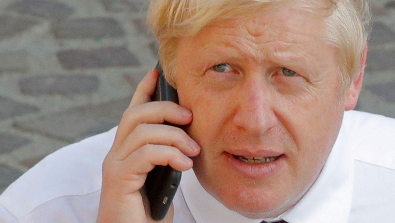 Boris Johnson se reunió durante el G7 en Biarritz con el presidente en funciones del Consejo Europeo, Donald Tusk, pero ambos solo acordaron volver a reunirse en un mes, para intentar llegar a un acuerdo que no incluya la polémica salvaguarda irlandesa