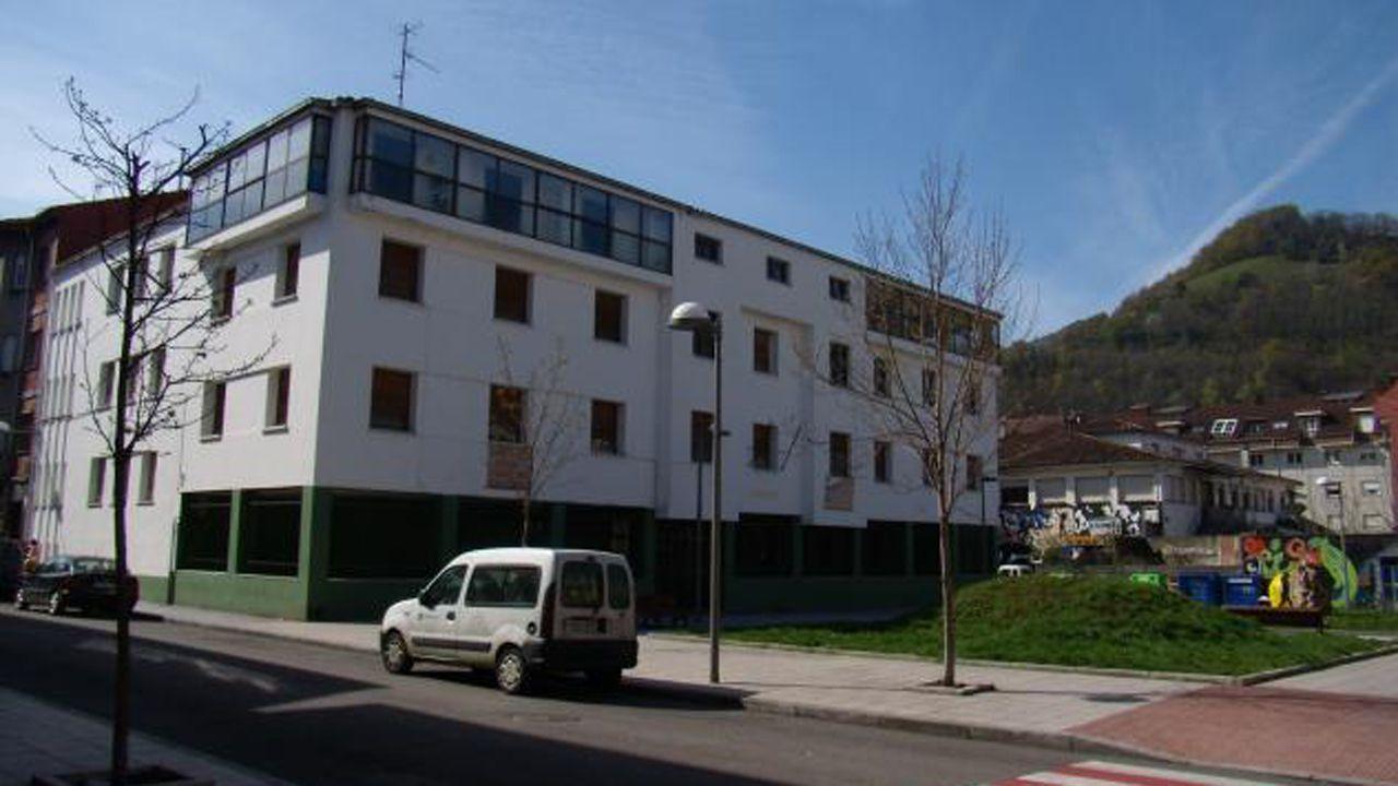 autobús, Asturias, alsa, pasajeros, Oviedo.Juzgados de Laviana