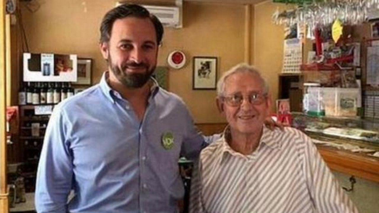 Santiago Abascal y Salvador Monedero, padre del fundador de Podemos