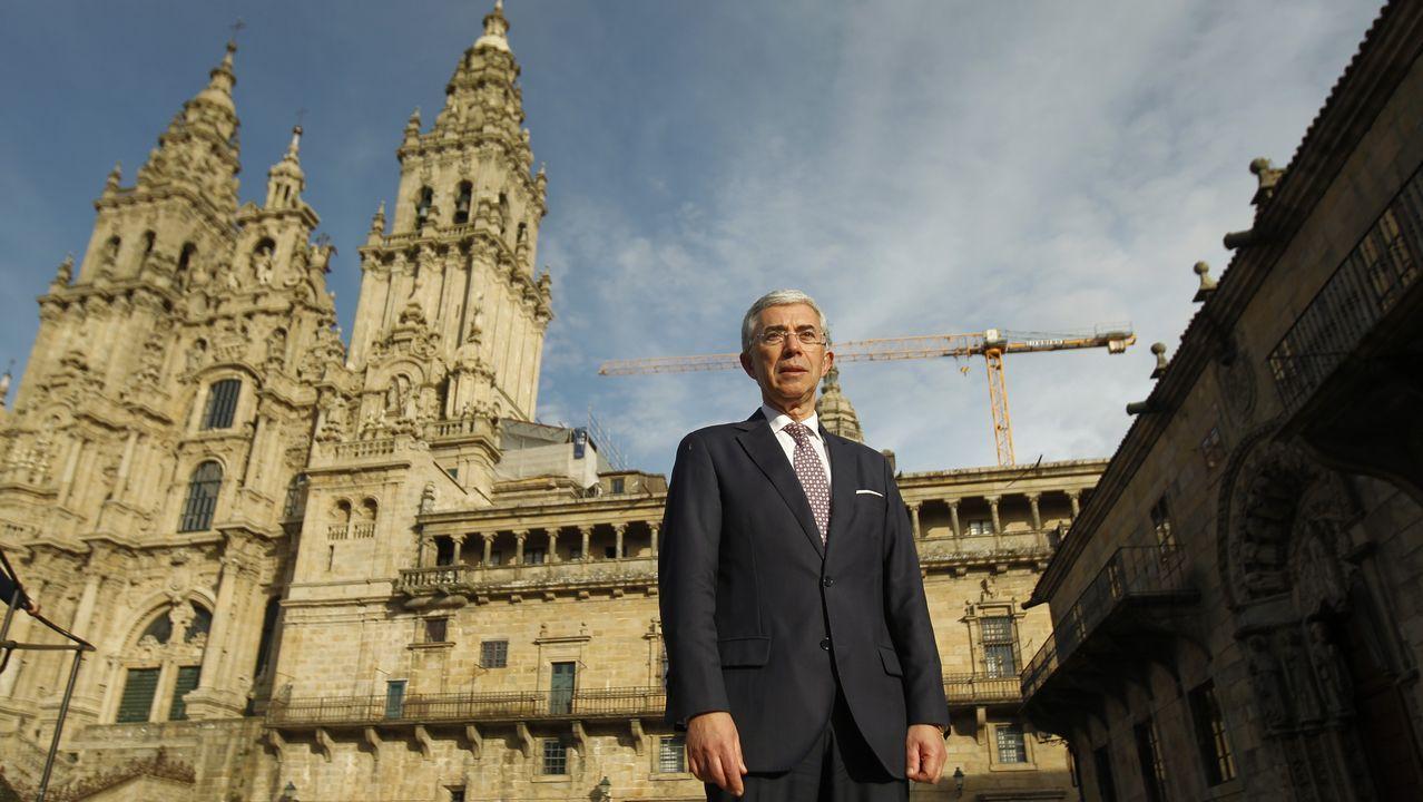 La nueva corporación municipal de Santiago tomó posesión en julio de 1999, con Xosé Sánchez Bugallo como alcalde