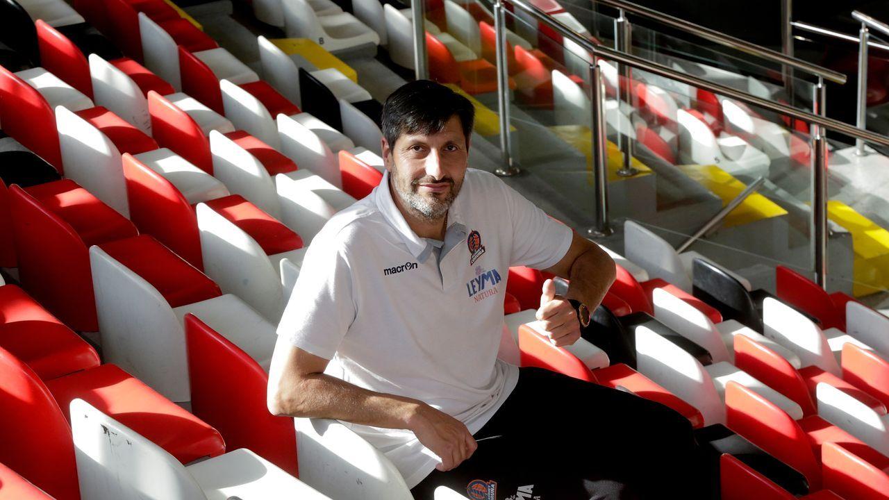 Charlie Uzal, segundo entrenador del Básquet Coruña