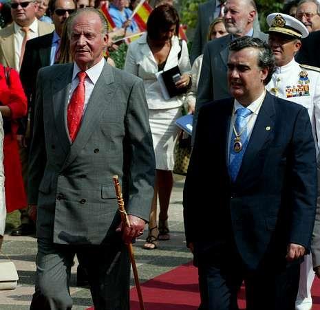 Juncal, con el monarca en el 2006.