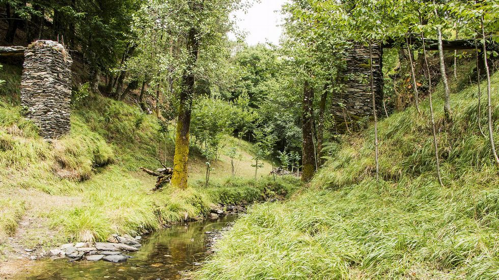 El acueducto tradicional conocido como Cal de Gandarón perdió su parte central