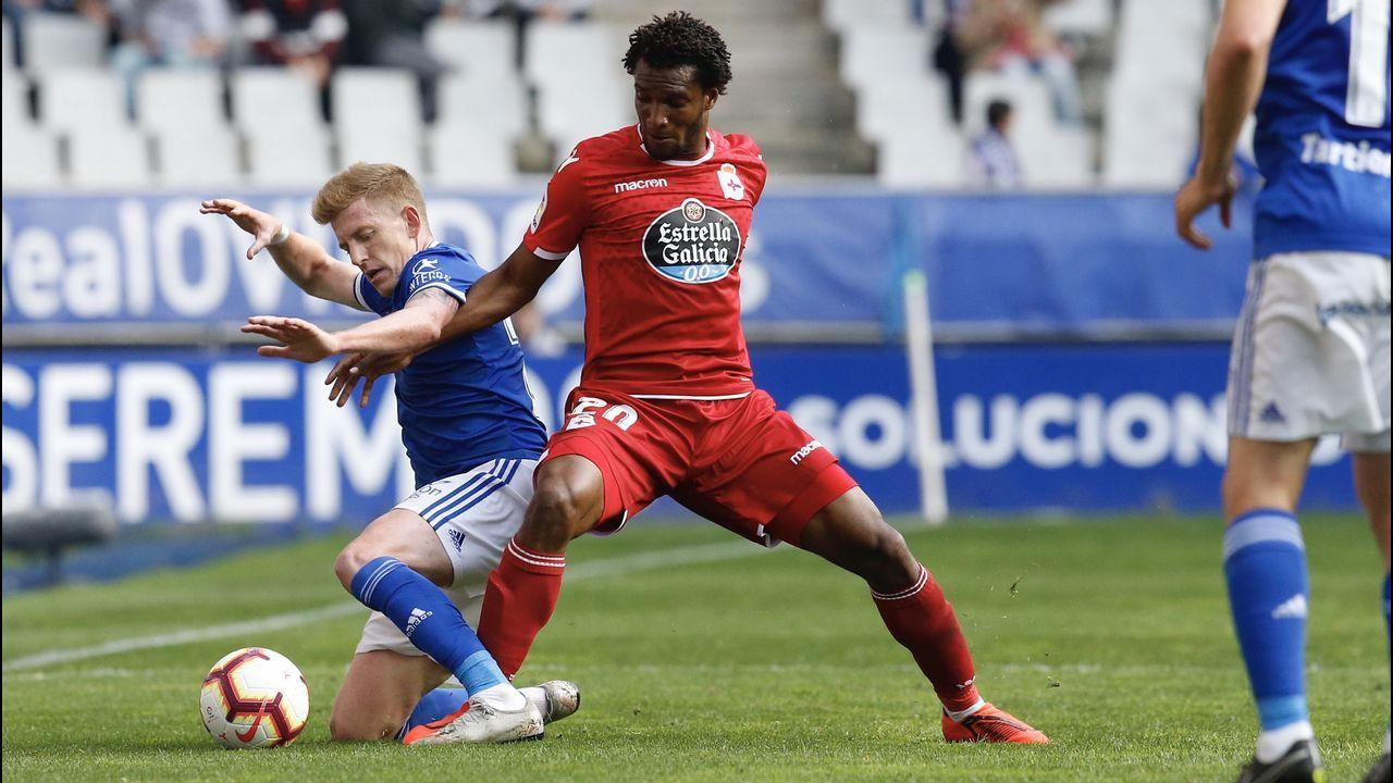 Diegui Johannesson Owona Real Oviedo Almeria Carlos Tartiere.Didier Moreno jugó de mediocentro defensivo contra el Almería y en la segunda parte de Oviedo