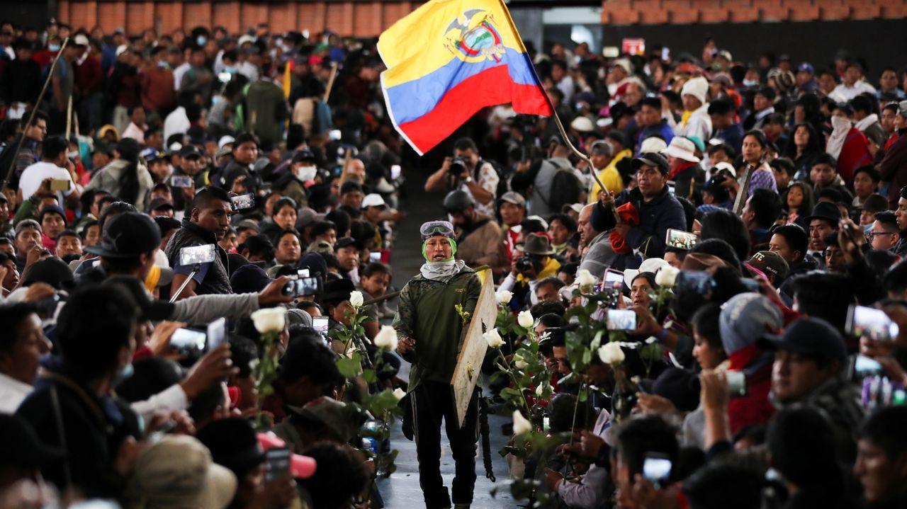 Enchenta de marisco en O Grove.Protesta pacífica de indígenas este jueves en Quito
