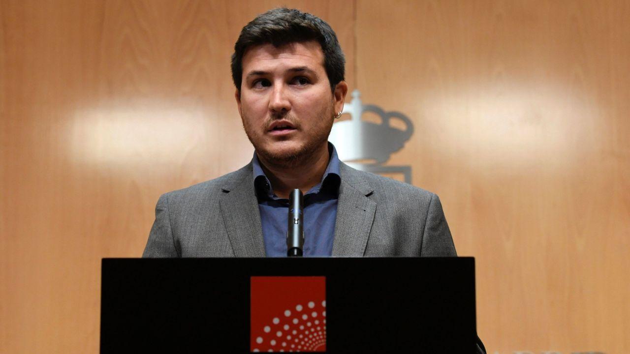 Pablo Iglesias se reafirma como alternativa al bipartidismo.Pablo Gómez sustituye a Errejón como portavoz del grupo de Más Madrid en la Asamblea de Madrid