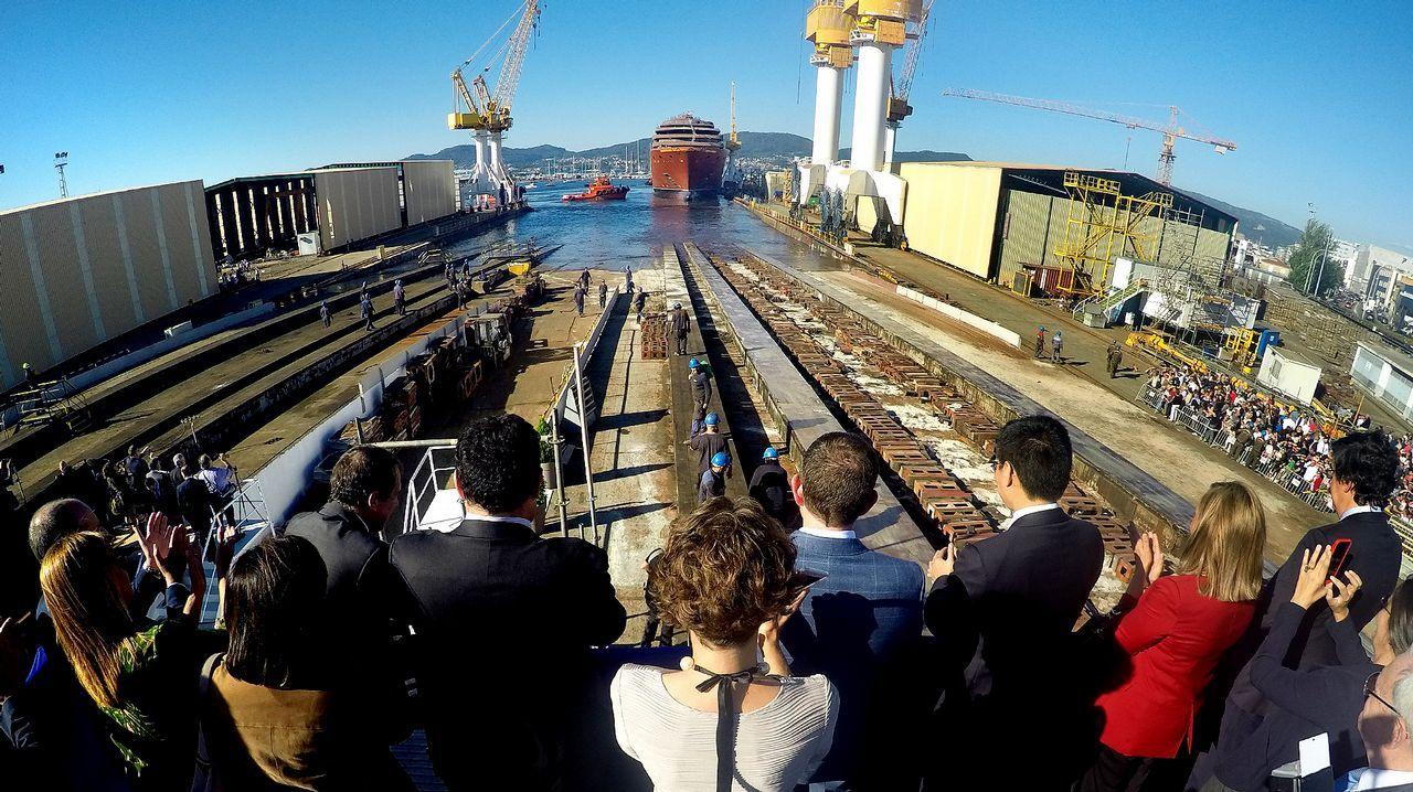 Furtivos en O Portiño.Botadura del primer buque de crucero para The Rittz Carlton en los Astilleros Barreras de Vigo