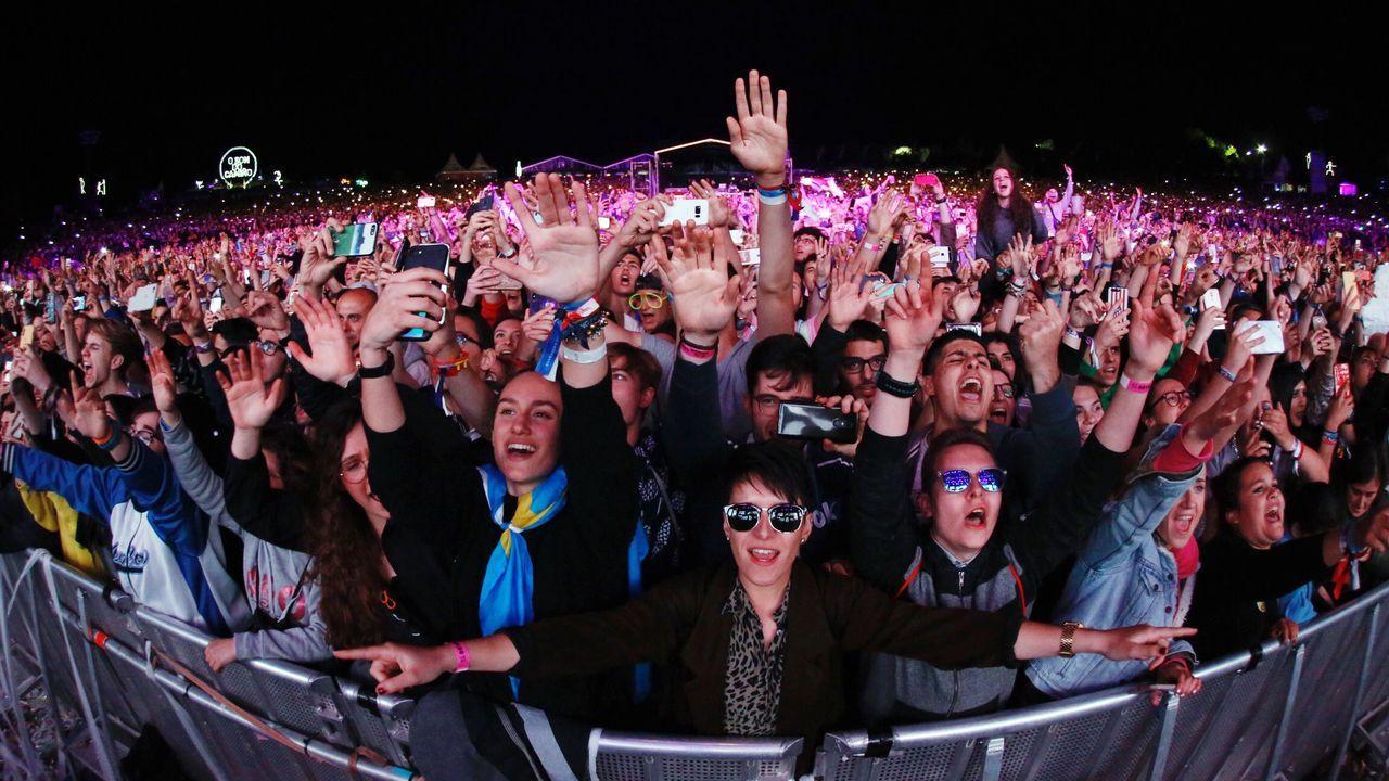 El éxito de público, música y ambiente que fue la segunda edición de O Son do Camiño, que promueve la Xunta al calor del Xacobeo 2021, tiene su resumen perfecto en la traca final del último día del certamen, el pasado sábado, con la actuación del disyóquey francés David Guetta y la entusiasta respuesta de la parroquia de festivaleros