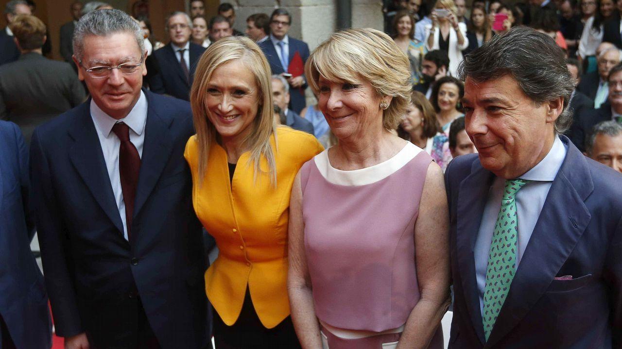 La polémica proyección de los papeles de Bárcenas.La expresidenta de la Comunidad de Madrid Esperanza Aguirre a su salida de la Audiencia Provincial de Madrid