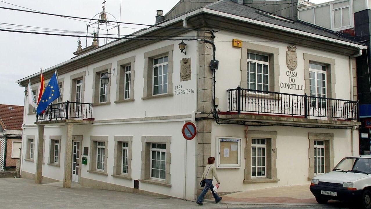 La cafetería Avenida, en el centro de Ferrol, sirve desde hoy desayunos y meriendas para llevar