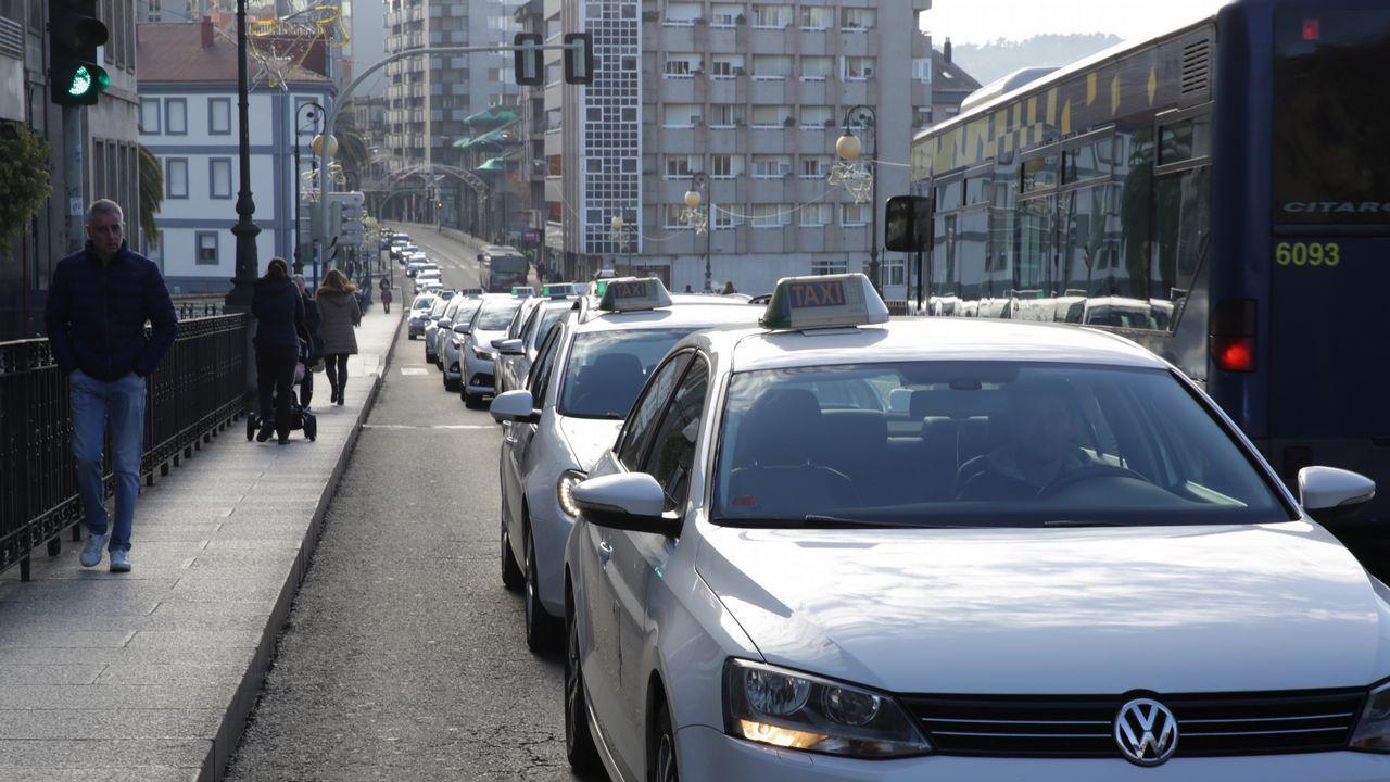 Huelga de taxis en Ourense.
