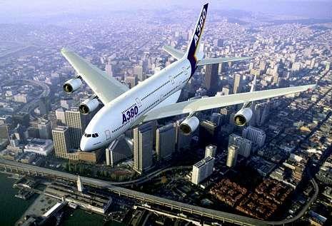 El A-380 de Airbus lleva perfiles de titanio en la panza fabricados por Udega.