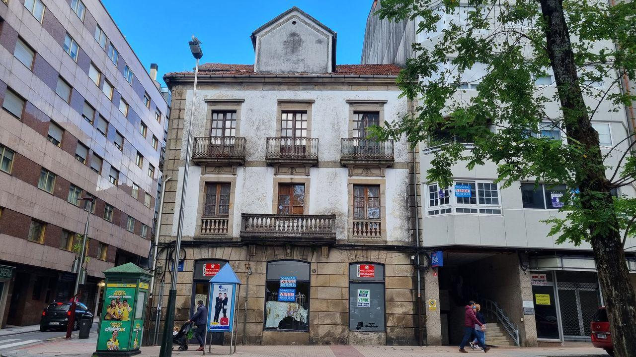 Estos son algunos de los edificios a la venta en Pontevedra