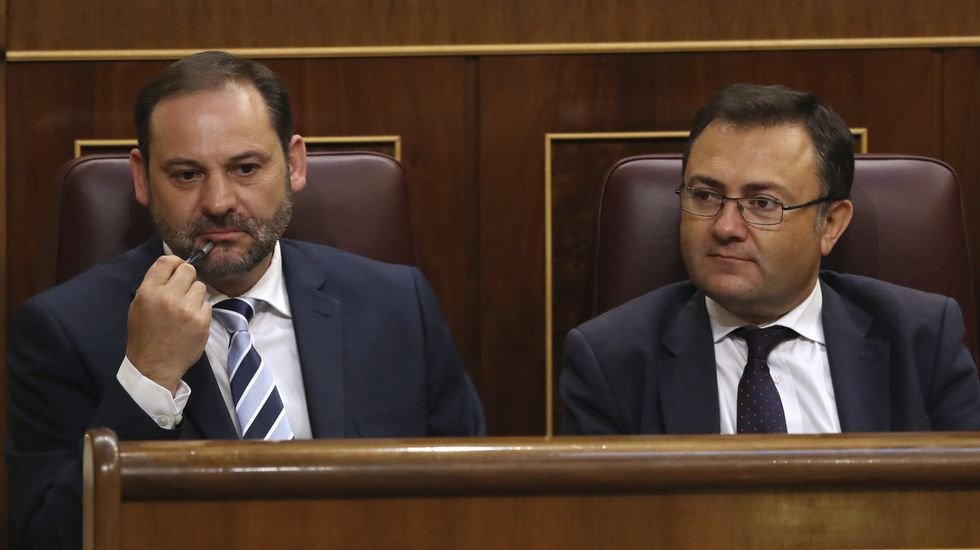 El portavoz provisional del PSOE, José Luis Ábalos