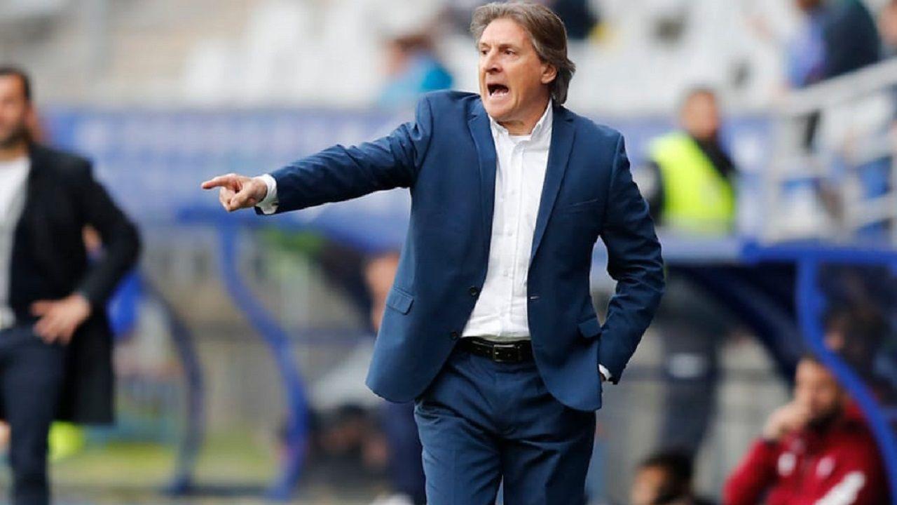 Sergio Egea durante el Real Oviedo-Granada
