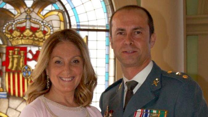 Lourdes Estívariz, junto a su marido, Jesús Gayoso, fallecido en marzo por coronavirus