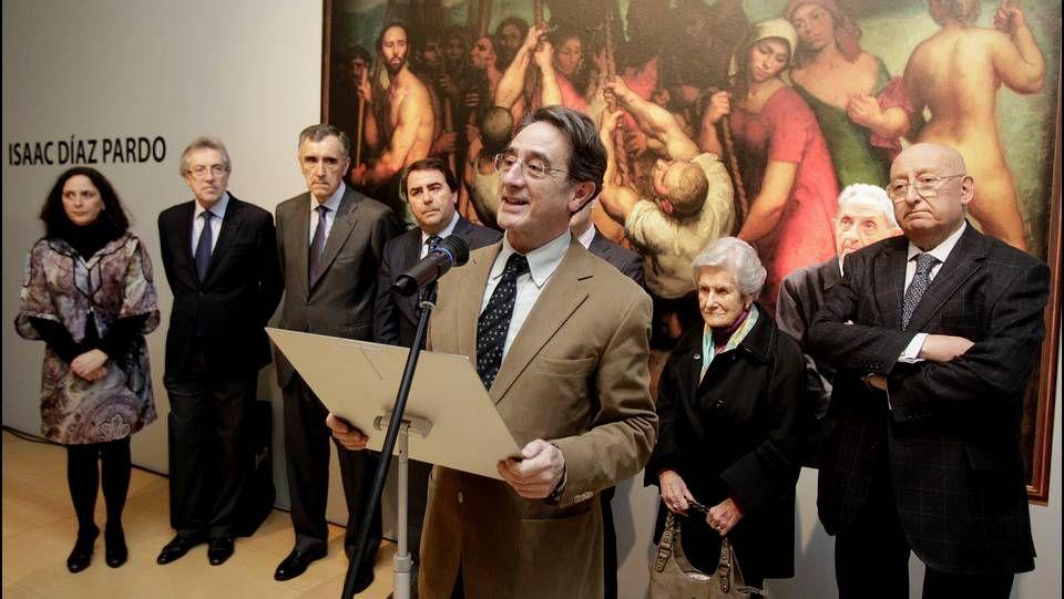 A Coruña acoge una exposición sobre la pintura de Díaz Pardo.Varela, a la izquierda de Gayoso