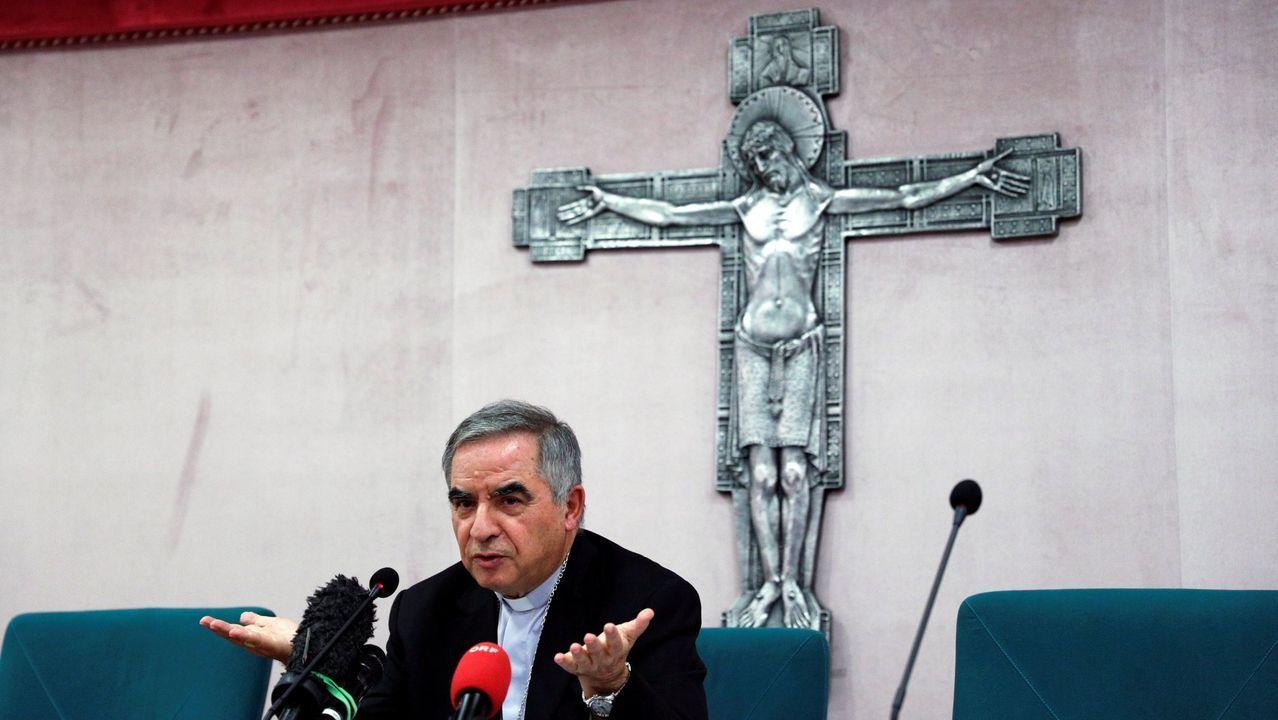 El papa, sin mascarilla, en una audiencia en el Vaticano con el presidente de la República Federal Alemana