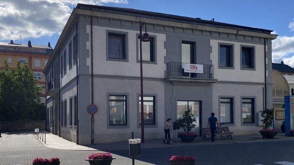 La sede de Aeva está en el edificio sindical, en O Barco