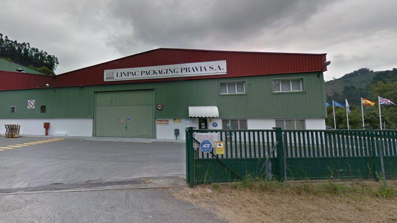 Registro en la sede de UGT Asturias.Linpac Packaging Pravia