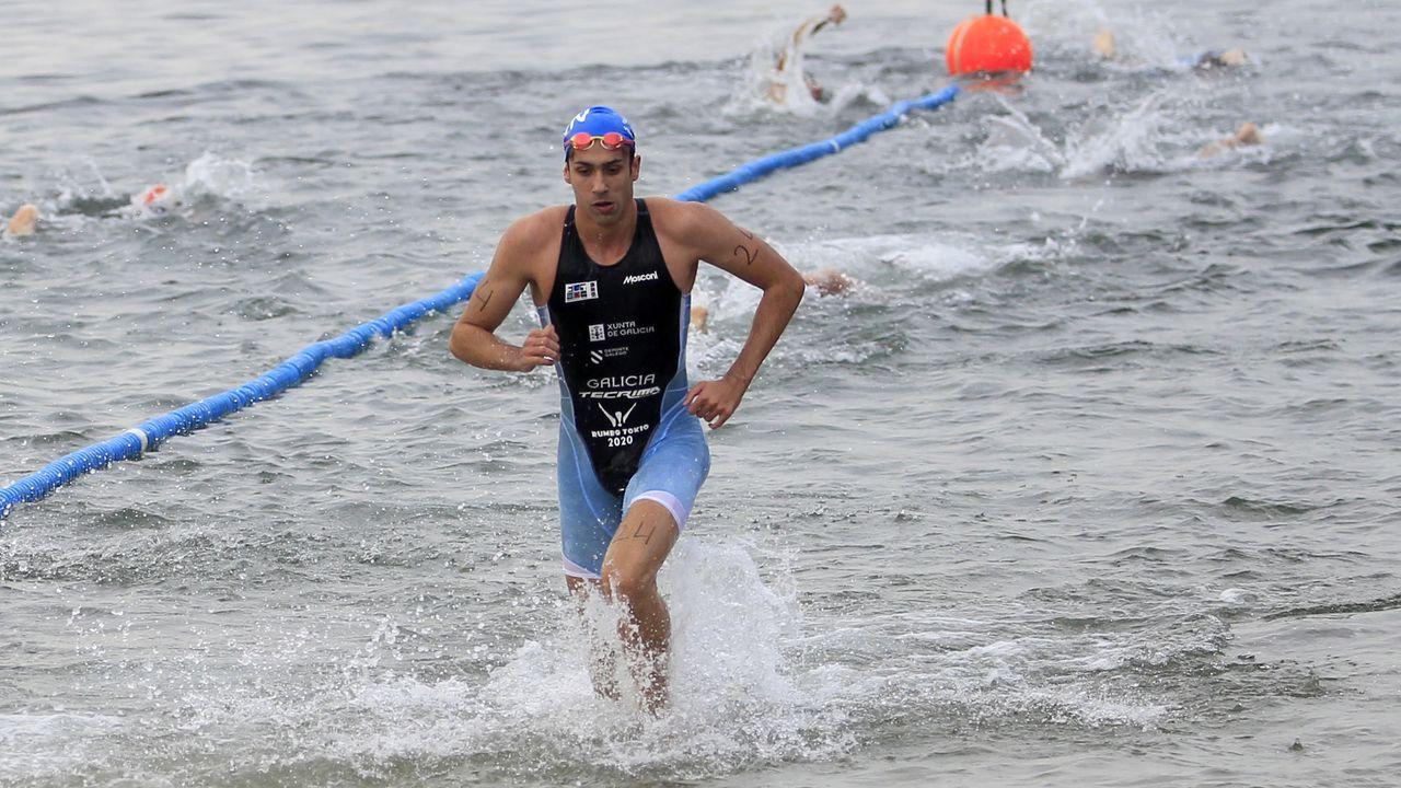 Un deportista total: carrera a pie, disparo con pistola láser, natación, hípica y esgrima